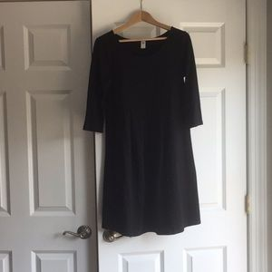 Classic black dress for maternity!